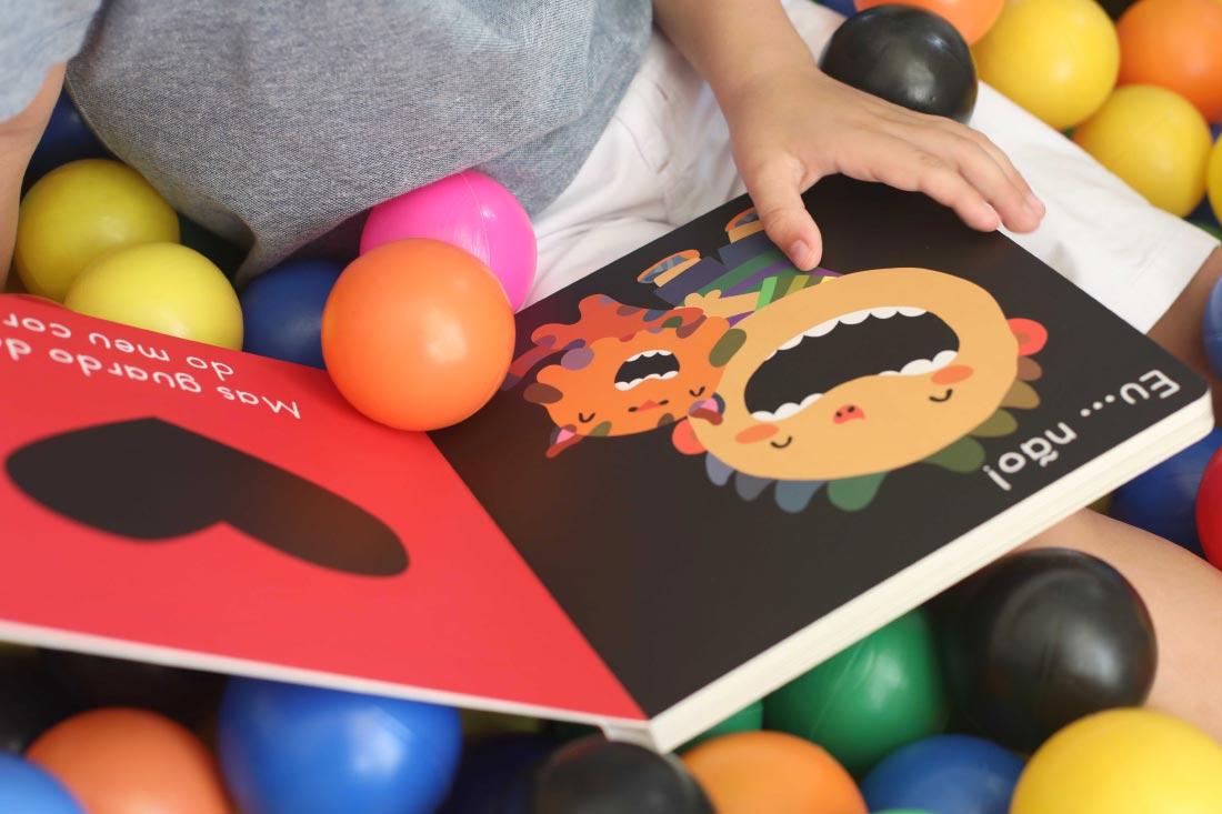 foto do livro NHAC!